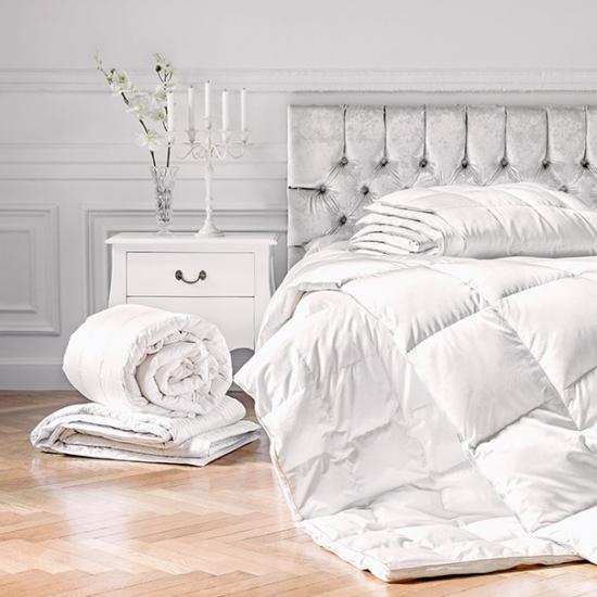 Постельное белье, подушки, одеяла